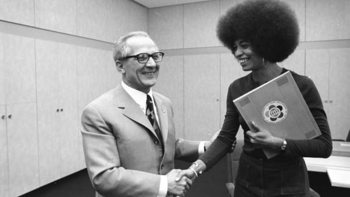 Berlin, Erich Honecker empfängt Angela Davis
