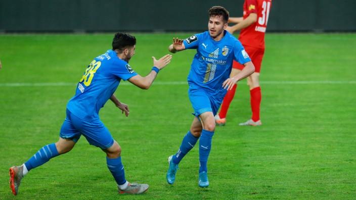 24.06.2020, xtgx, Fussball 3. Liga, Hallescher FC - FC Carl Zeiss Jena emspor, v.l. Vasilios Desidis (Jena), Daniele Ga