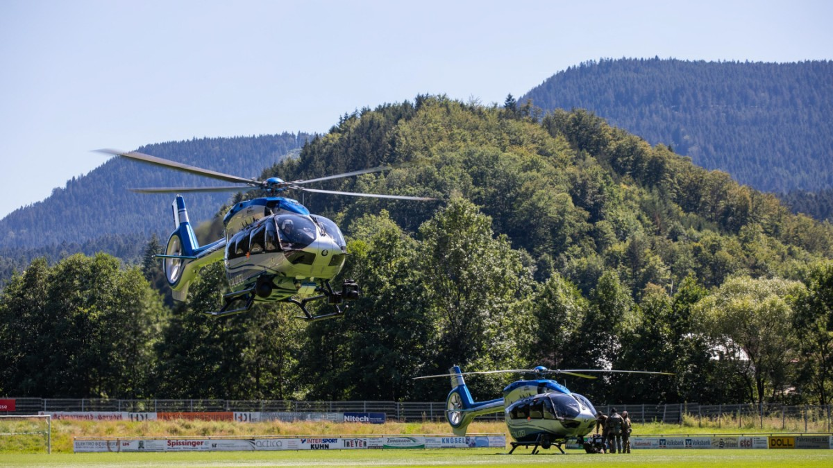 Oppenau: Mann entwaffnet vier Polizisten und flieht