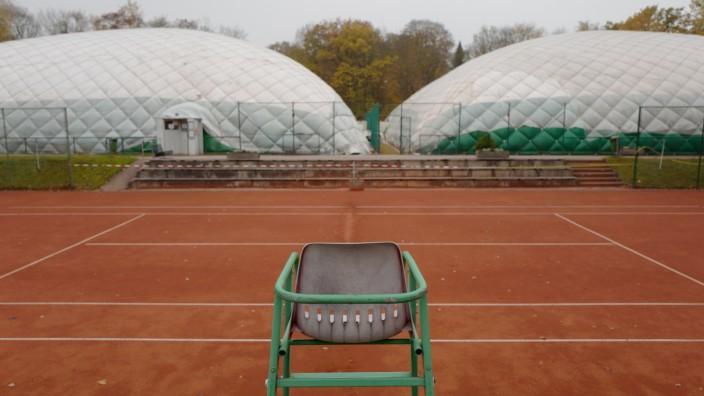 Tennisplatz in München, 2019