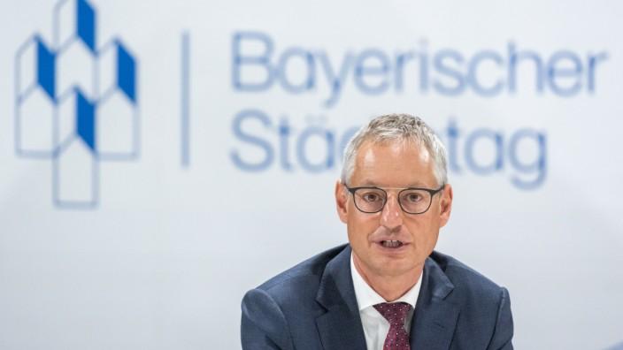 Neuer Vorsitzender des Bayerischen Städtetages Markus Pannermayr