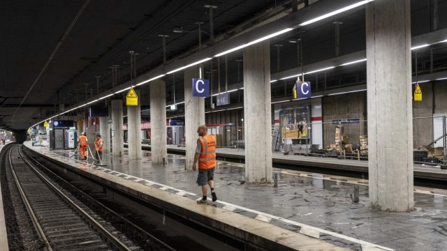 Bauarbeiten an der gesperrten S-Bahn Stammstrecke in München, 2019