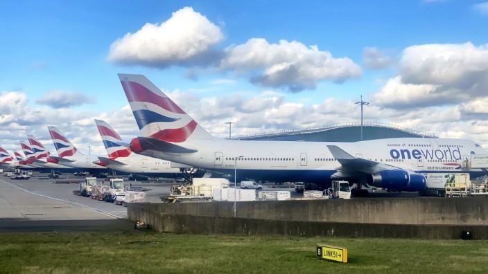 British Airways One World passenger jet Boing 747 Jumbo at International Airport London Heathrow in London, Great Brita
