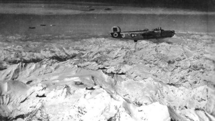 Luftangriff auf München am 19. Juli 1944. / Flugzeugabsturz Faistenhaar