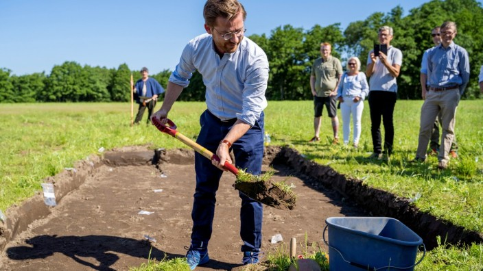 Norway's Minister for Climate Rotevatn takes first shovel on excavation of Gjellestadskipet