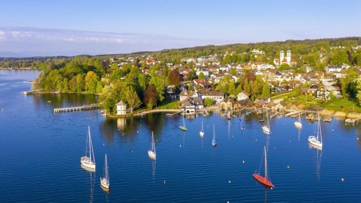 Brahms-Pavillon und Bootshäuser am Starnberger See, Tutzing, Fünfseenland, Luftbild, Oberbayern, Bayern, Deutschland, Eu