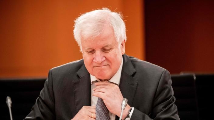 Nach Ausschreitungen in Frankfurt: Bundesinnenminister Horst Seehofer (CSU)