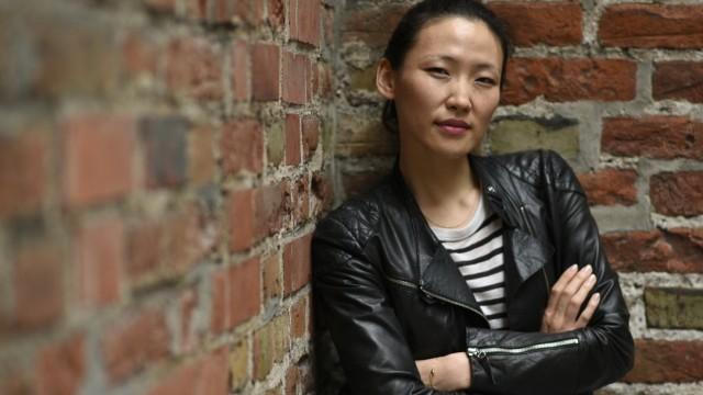 """Uisenma Borchu im Interview: Für """"Schwarze Milch"""" kehrte sie zurück"""