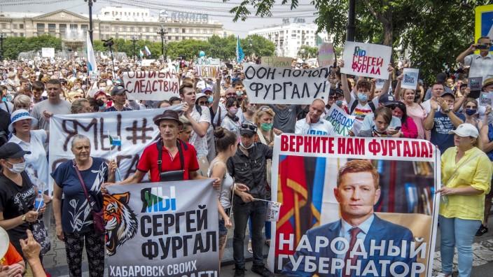 Putin setzt den inhaftierten Gouverneur per Dekret ab