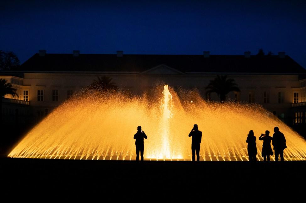 Beleuchtungsinstallation in den Herrenhäuser Gärten