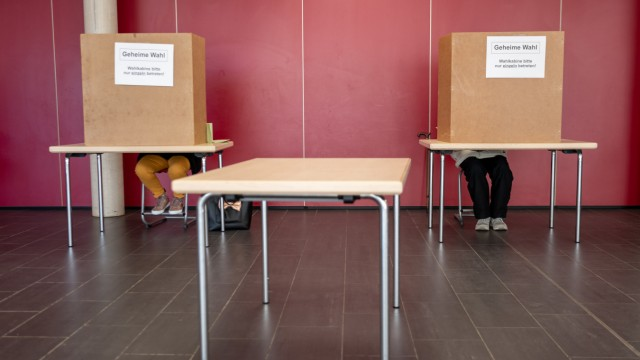 Kommunalwahl in Bayern - Wahllokal