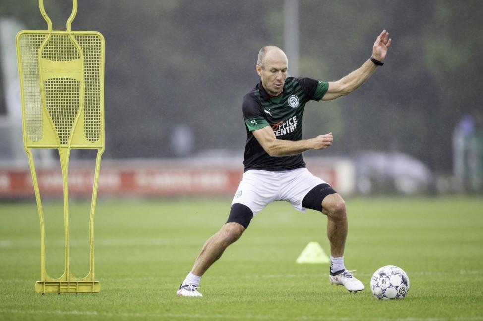 Sport Themen der Woche KW28 Sport Bilder des Tages GRONINGEN, 10-07-2020, TopSportZorgCentrum. Dutch football. Arjen Rob