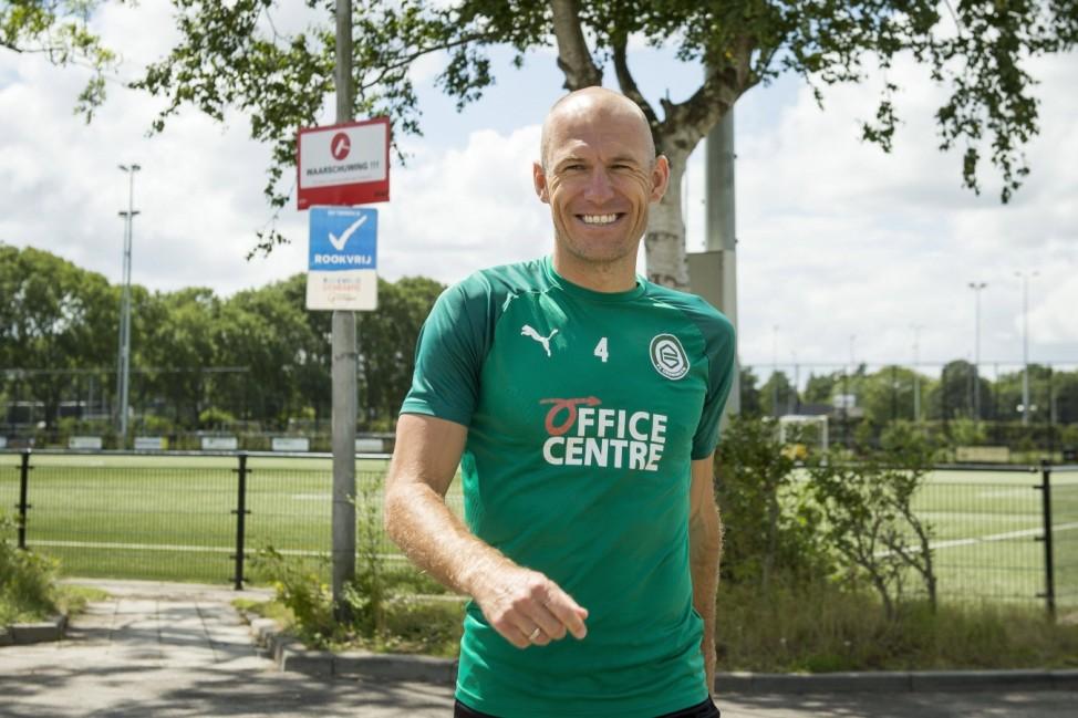 Sport Bilder des Tages Arjen Robben during a training session of FC Groningen at Sportpark CORPUS DEN HOORN on July 20,