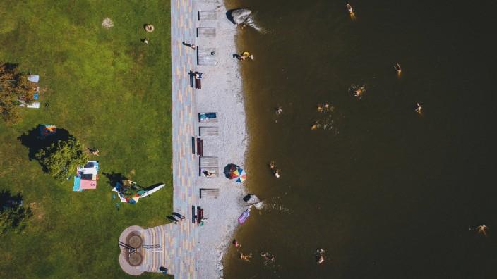 Österreich: Strandbad am Ritzensee während der Corona-Pandemie