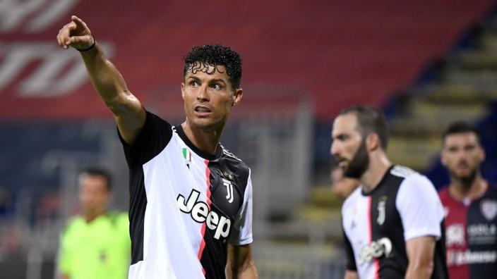 Serie A - Cagliari v Juventus