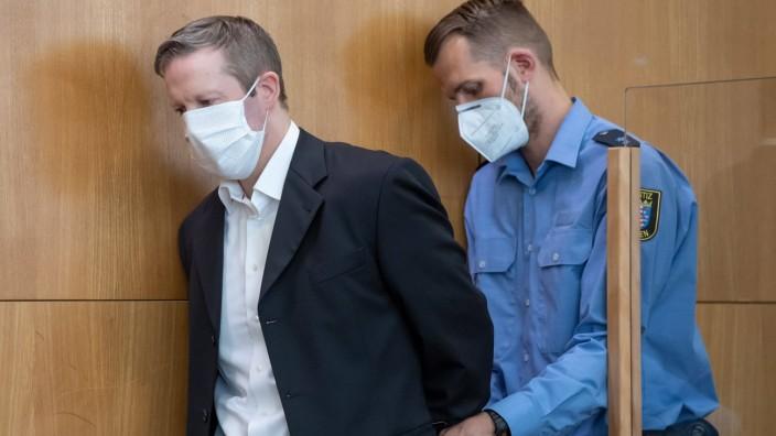 07.08.2020, xblx, deloka, emonline, delahe, Prozess: Tod von Dr. Walter Luebcke, v.l., Angeklagter Stephan Ernst wird i