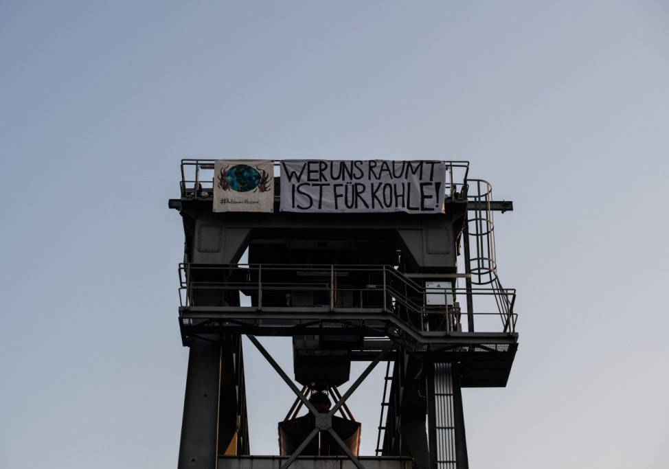 Türme im Heizkraftwerk Moabit besetzt