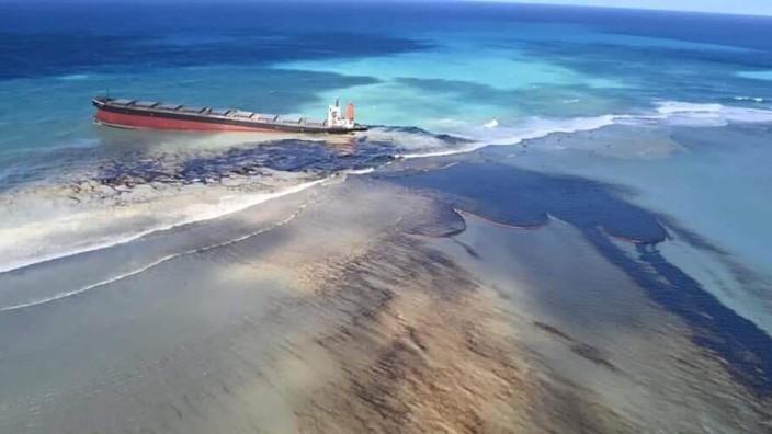 Frachter vor Mauritius verliert Öl