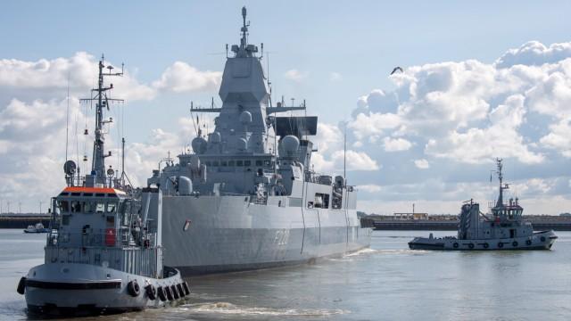 Fregatte 'Hamburg' läuft zum Libyen-Einsatz aus
