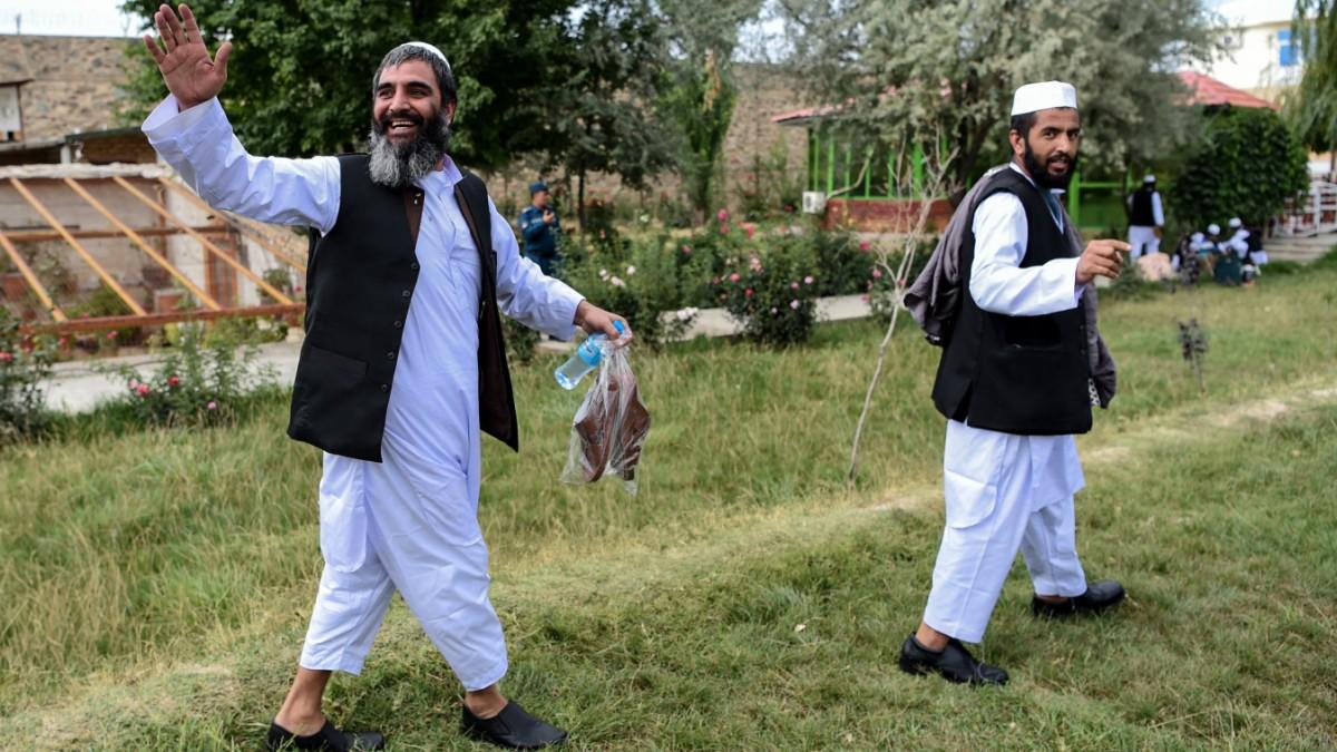 Afghanistan: Taliban erzwingen Amnestie