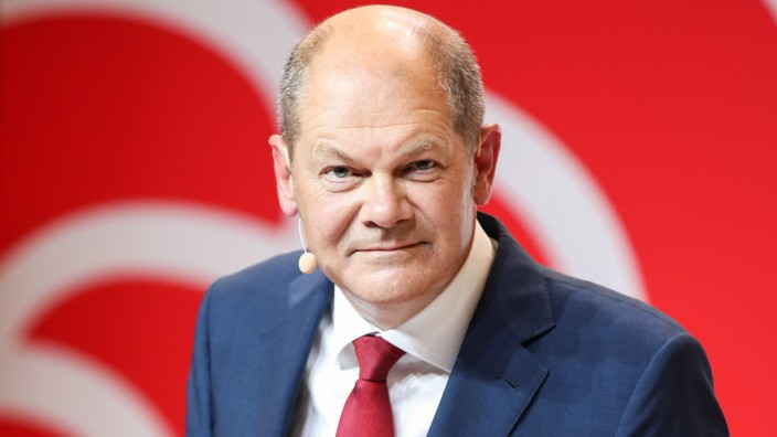 (200810) -- BERLIN, Aug. 10, 2020 -- German Vice Chancellor and Finance Minister Olaf Scholz attends a press conference