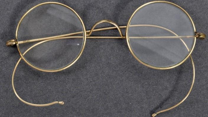 Angebliche Brille von Gandhi wird versteigert