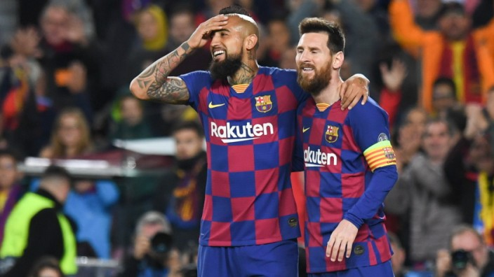 FOOTBALL: FC Barcelone vs SK Slavia Praha - Champions League - 05/11/2019 Lionel Messi, Arturo Vidal FOOTBALL : FC Barce; Messi Vidal