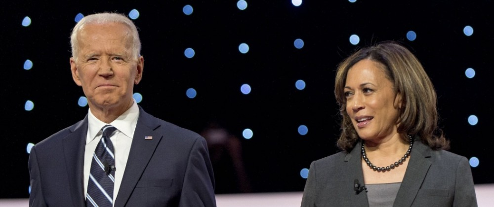 July 31, 2019 - Detroit, Michigan, U.S. - JOE BIDEN and KAMALA HARRIS pose for the photo spray during a commercial brea
