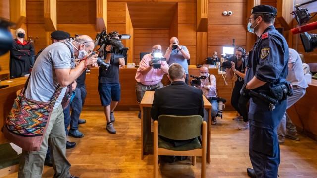 Innsbruck 12.08.2020, Landesgericht, Innsbruck, AUT, Prozess zu Kitzbueheler Fuenffachmord, Prozess gegen einen 26jaehr
