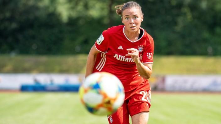 Julia Pollak 24 (FCB Frauen), Freundschaftsspiel FC Bayern Muenchen vs FC Zuerich, Fussball, Frauen Bundesliga, 010820