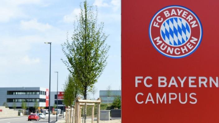Fussball FC Bayern Muenchen Campus 02.08.2017 Aussenansicht, Eingangsschild FC Campus Muenchen PUBLICATIONxNOTxINxAUTxS