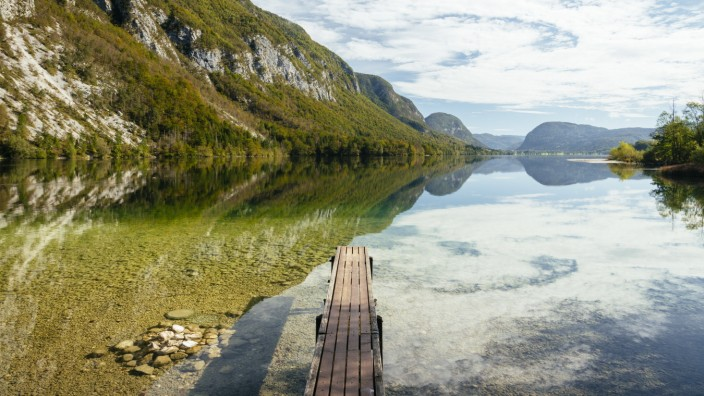 Lake Bohinj, Triglav National Park, Upper Carniola, Slovenia, Europe PUBLICATIONxINxGERxSUIxAUTxONLY Copyright: BenxPipe