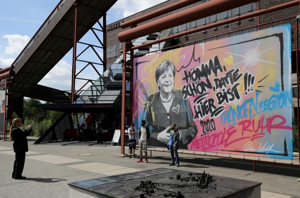 Bundeskanzlerin Merkel besucht Nordrhein-Westfalen