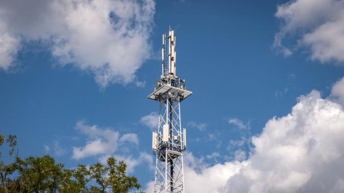 Mobilfunkmast in Berlin mit den Funkstandards 4G und 5G