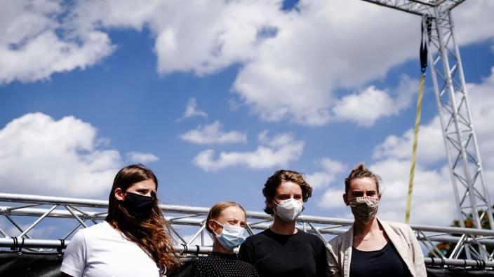 Klimaaktivistinnen auf dem Weg ins Kanzleramt