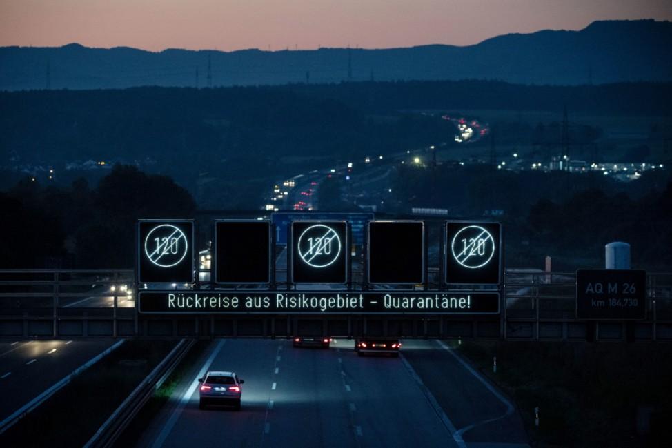 Autobahnanzeige für Rückreisende