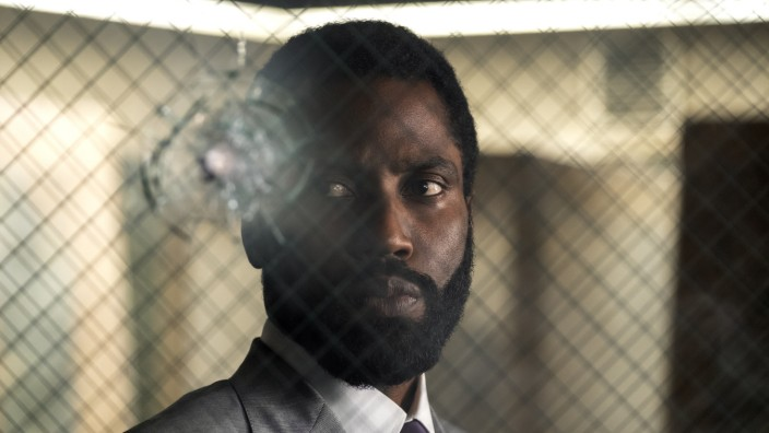 "John David Washington im Thriller ""Tenet"" von Christopher Nolan"