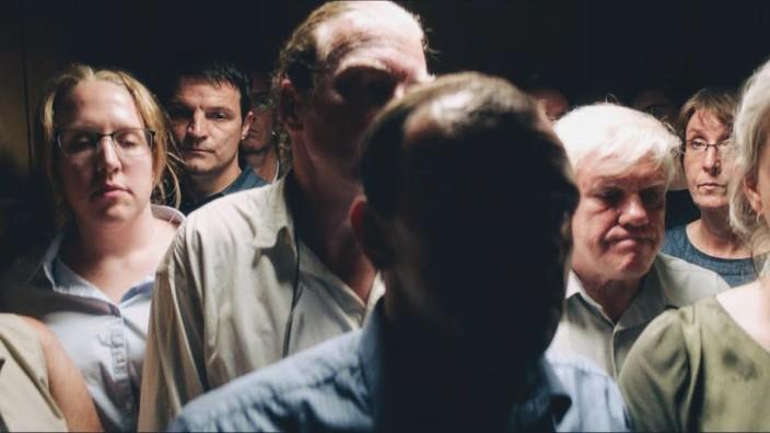 """Szene aus dem Film """"Exil"""" von Visar Morina."""