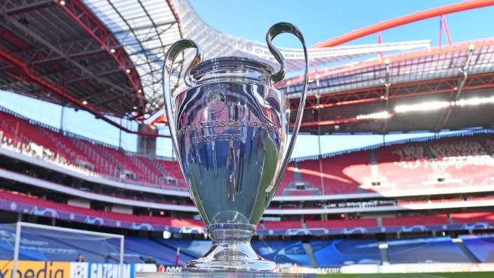 Fussball Champions League/ Halbfinale / RB LEIPZIG - PARIS SAINT GERMAIN (PSG) 0-3 Champions League Pokal, Cup,Trophaee,; Champions League, Trophäe, Pokal, Champions-League-Pokal