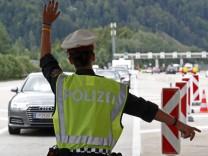 Coronavirus: Grenzkontrolle zwischen Deutschland und Österreich