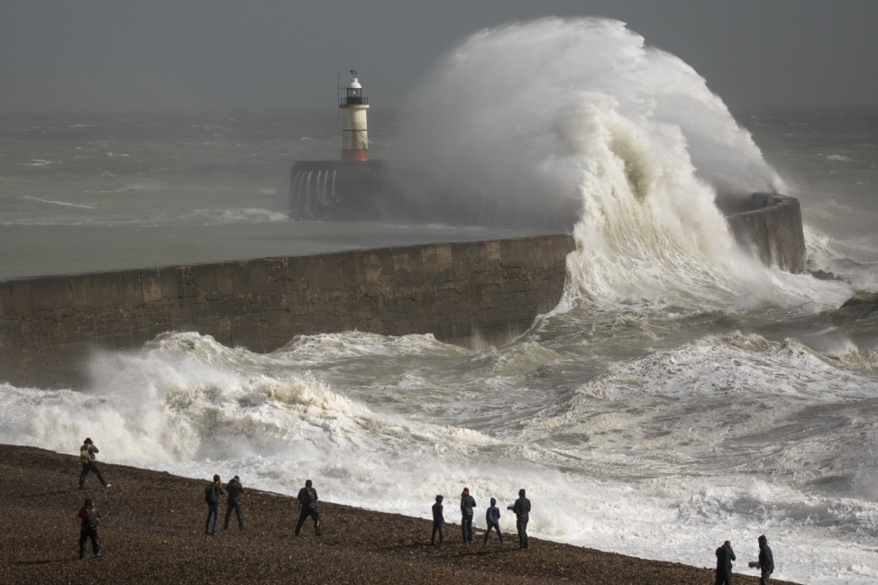 BESTPIX - Storm Francis - The Second Named Storm In A Week - Hits The UK