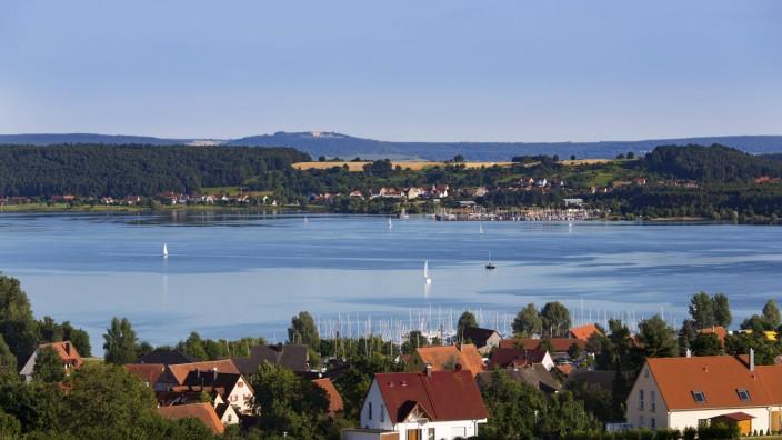 Großer Brombachsee Enderndorf am See hinten Ramsberg Fränkisches Seenland Mittelfranken Franken