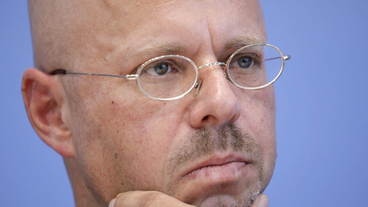 Kalbitz: Verfassungsschutz bestätigt HDJ-Mitgliedschaft