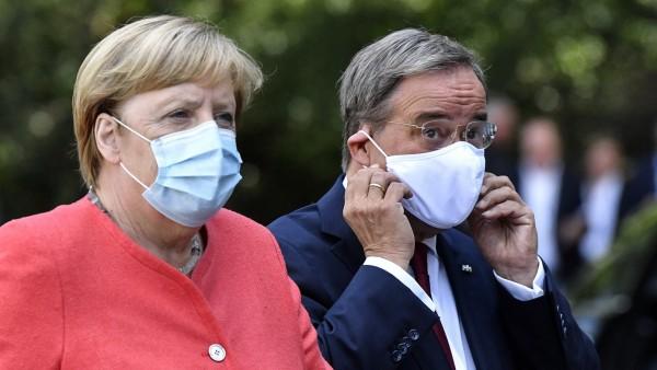 Angela Merkel und Armin Laschet während der Corona-Pandemie