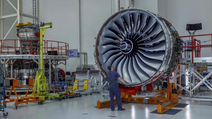 Montagelinie fuer Trent XWB Triebwerke bei Rolls-Royce DEU/Brandenburg/ Dahlewitz (c) Rolls-Royce oeffnete anfang Juni