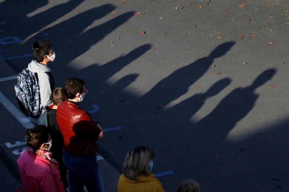 French children resume school after summer break in Saint-Leu-d'Esserent