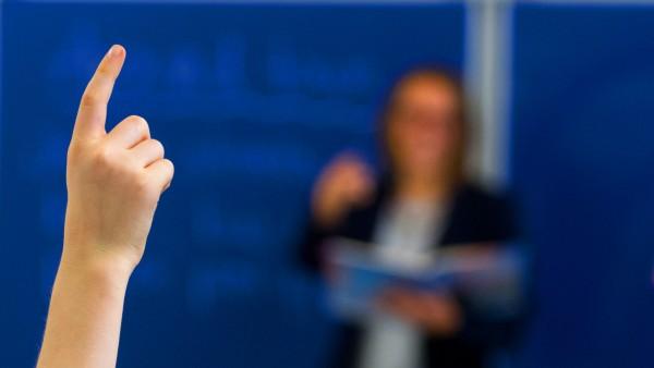 Landtagssitzung Thüringen mit erster Lesung zum Schulgesetz