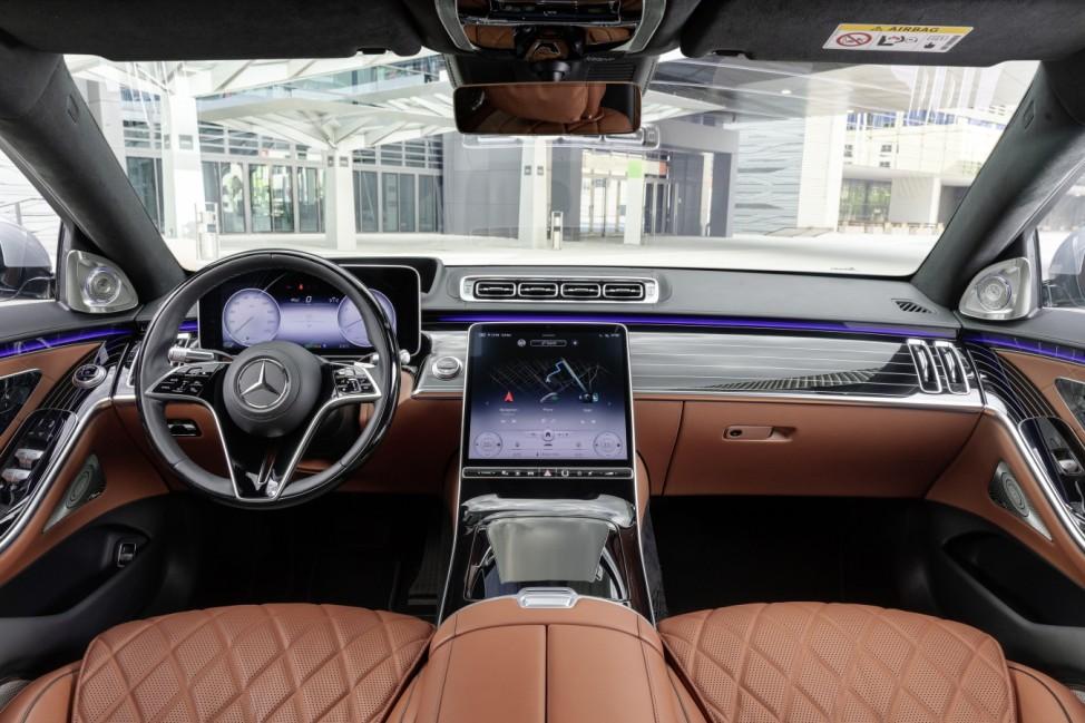 Cockpit der neuen S-Klasse