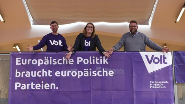 """Proeuropäische Partei """"Volt"""" gründet Kreisverband in München, 2019"""