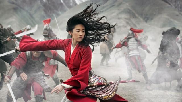 """Bina Daigeler, oscarnominierte Kostümbildnerin: Yifei Liu in der Titelrolle der """"Mulan"""" im gleichnamigen Disneyfilm - in einem Kostüm von Bina Daigeler."""